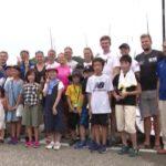 江の島で小学生と海外セーリングチームが交流